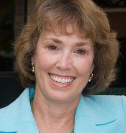 Linda Niessen appointed to the Advisory Committee on Training in Primary Care Medicine and Dentistry