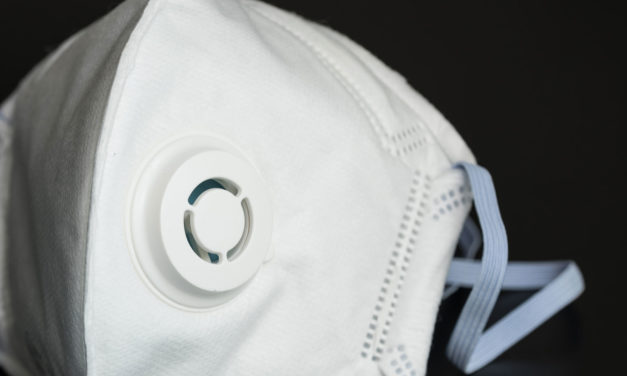 80% Americans Say Doctors Should Keep Wearing Masks Post Pandemic