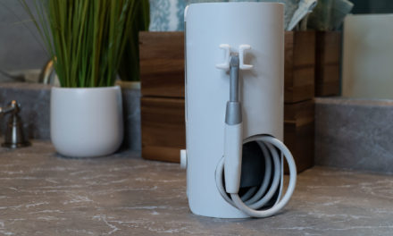 New Flossing Device Raises Over $1 Million in Crowdfunding Campaign